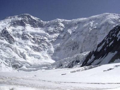 Kirgistans Bergwelt am Engiltschek Gletscher